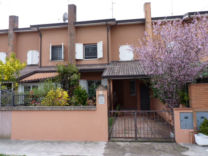 Terraced house on two levels with independent entrance and garden for sale in San Giuseppe - Redipuglia